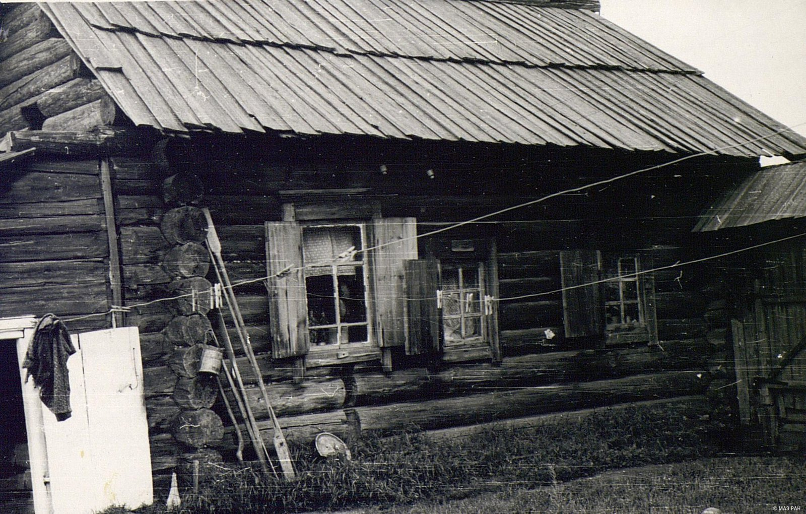 Дом со стороны двора