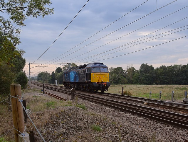 Approaching Barham Foot Crossing, ROG Loco 47812 running from Colchester CSD to Diss on 0P00, before returning to Manningtree, via Colchester. 16 09 2020