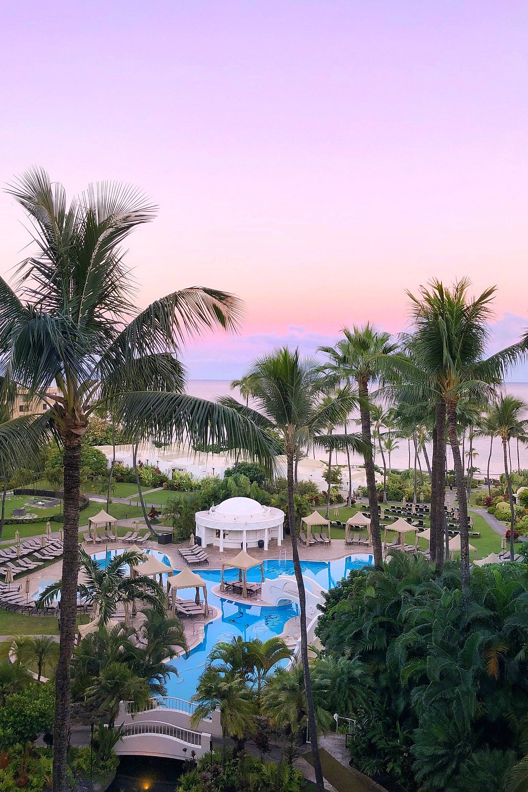 10 Places I Want to Travel After COVID-19 | Places to Travel after Lockdown is Over | Travel Aesthetic | Hawaii Aesthetic | Fairmont Kea Lani, Maui, Hawaii |  Best Hawaiian Beaches | Hawaii Cotton Candy Sunrise | Wailea-Makena
