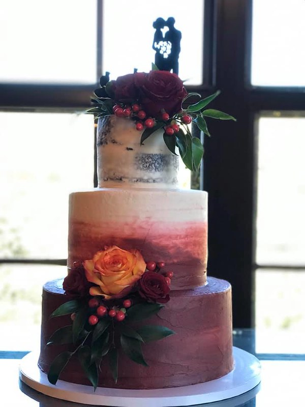 Cake by Jill's Cakes & Bakes