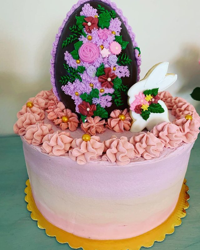 Cake by Buttercream's Bakery