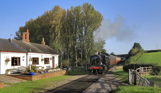 Cottage Crossing with 1501