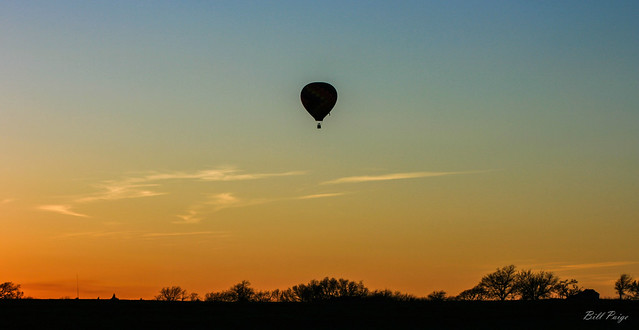 Balloon-Flight-at-Sun-Set
