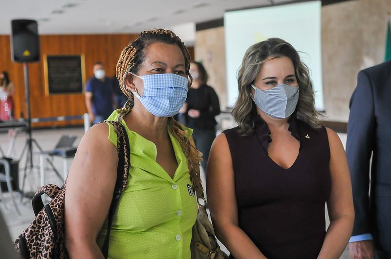 Assinatura do Termo de Cooperação entre a Secretaria da Mulher e a Organização dos Estados Ibero-americanos para a execução de Projeto