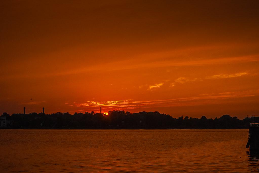 Splendid sunset  19:33:50 DSC_8020