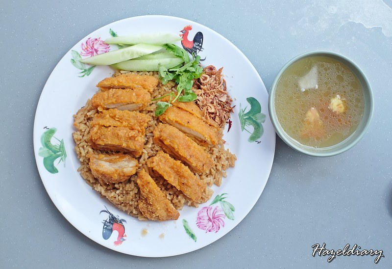 Pratunam Famous Chicken And Pork Leg Rice -Spicy Fried Chicken Rice