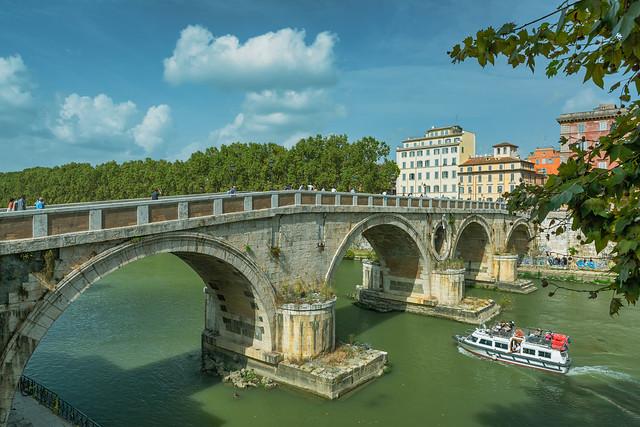 Ponte Sisto, Rome