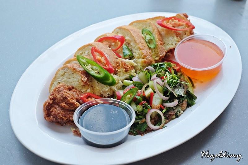 Pratunam Famous Chicken And Pork Leg Rice -Crab Omelette