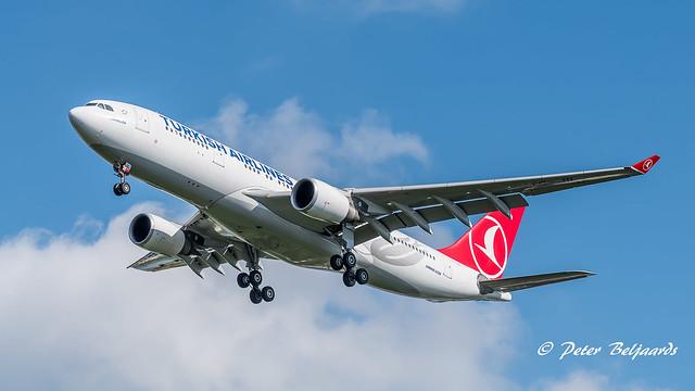 TC-JIL   Airbus A330-200 - Turkish Airlines