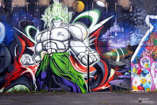 le hangar street art