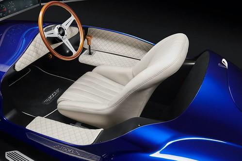 eClassic simulator Cockpit 1