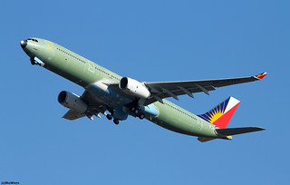 Philippine Airlines Airbus A330-343 F-WWKG (RP-C8766)