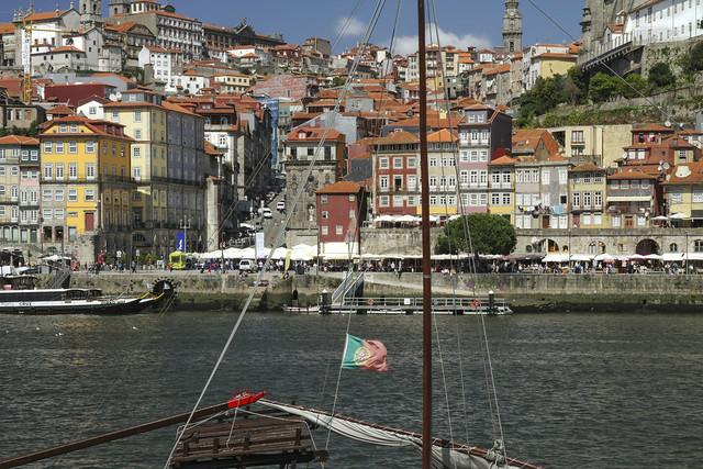 Douro and Old town, Porto (Portugal)