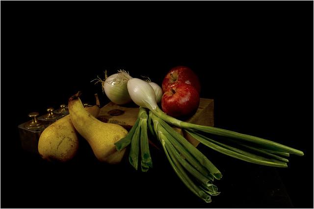 IMG_3185 -  poires, pommes et oignons blancs - web -