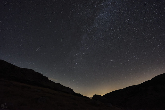 Perseids, Meteors and satellites