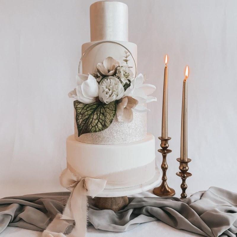 Cake by Indulge Cakery