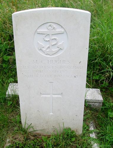 War Grave, St Deiniol's Churchyard, Hawarden