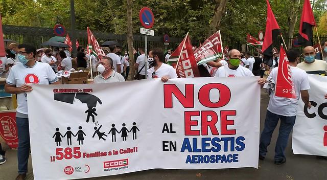 Foto de CCOO de Sevilla. Concentración Alestis