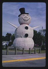 Snowman statue, angle 1, Margaret Street, North St. Paul, Minnesota (LOC)