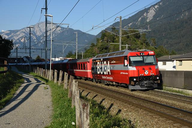 Ge 4/4 III 646 + IR 1165 (Chur 18:58 - St Moritz 21:00), Domat/Ems, 08/08/2020
