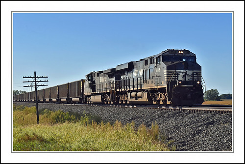 Norfolk Southern Freight at Wawaka, Indiana | by sjb4photos