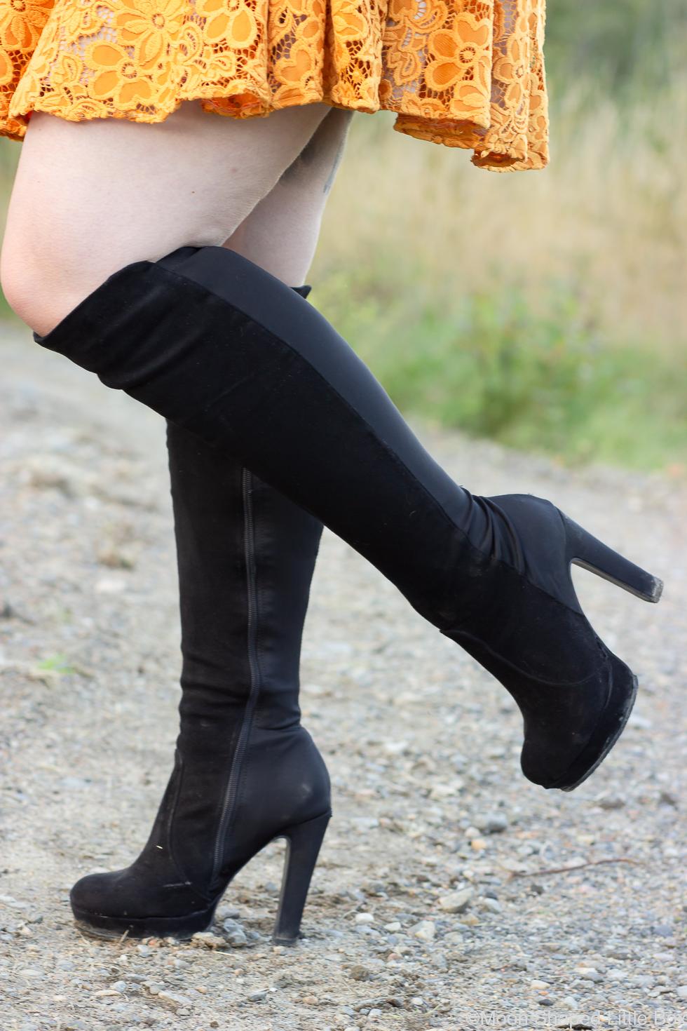 Mustat-saappaat-korolla