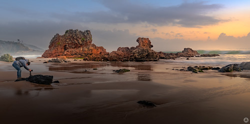 flynnsbeach portmacquarie sunrise focusphotographers midnorthcoast landscapephotography seascapephotography nikond850 tamron1530