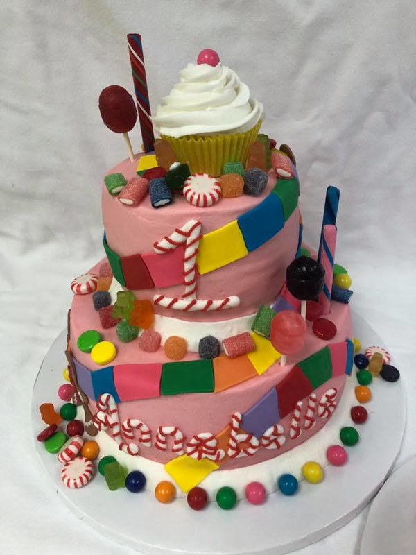 Cake by Lynelle's Cake Decorating
