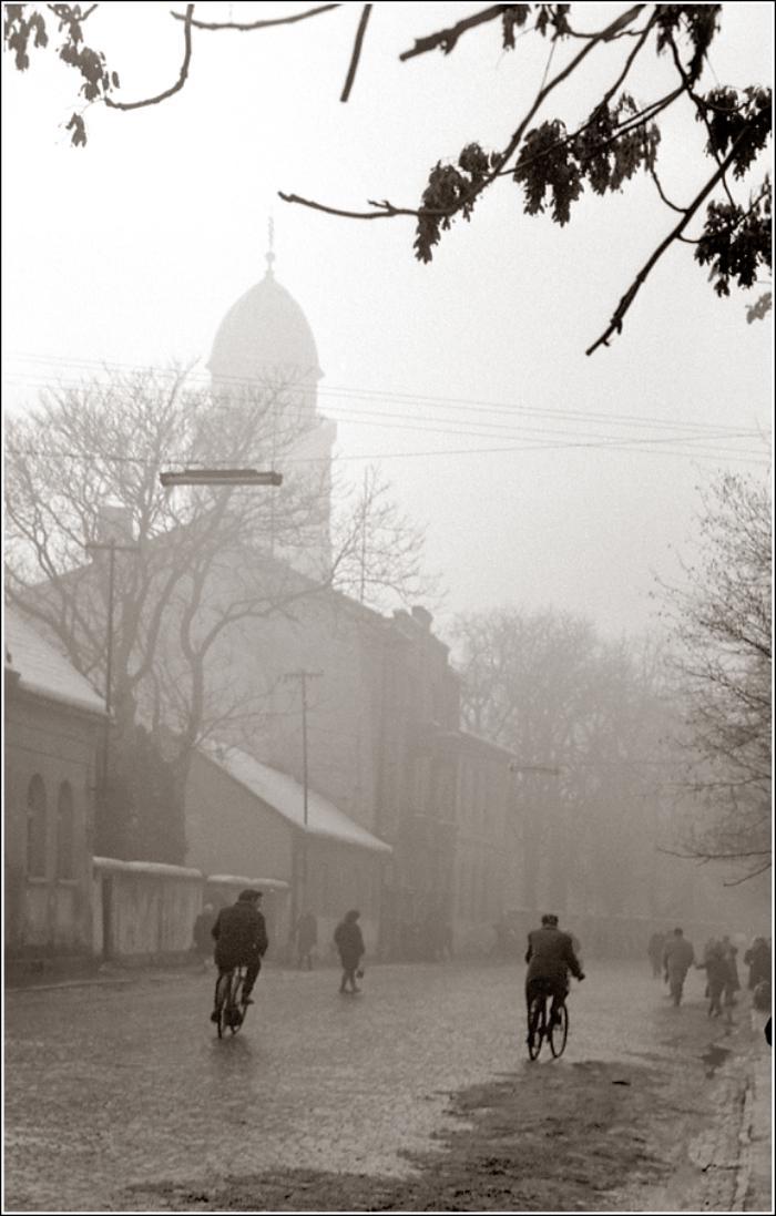 03. 1967. Улица в Мукачево. 3 января