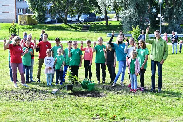 19.09.2020. Valsts prezidents Egils Levits atklāj pirmo Laimes koku parku pasaulē