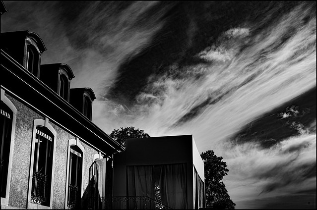 HOUSE OF CLOUDS  [ Explore Sept.19 ]