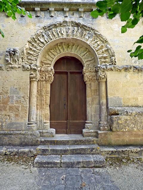 Église Notre-Dame...Nuaillé-sur-Boutonne