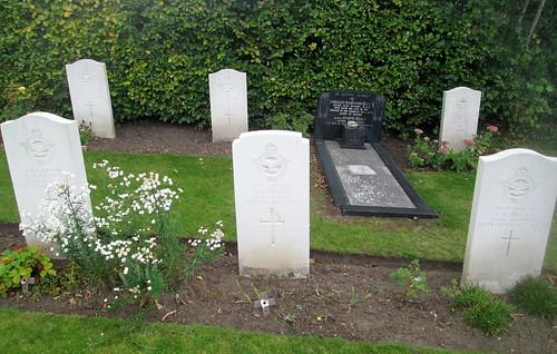 Hawarden, Not War Graves?