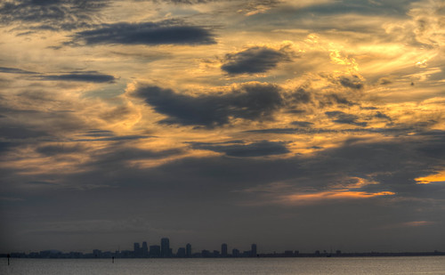 florida stpetersburg st saint petersburg sunset landscape tampabay skyline city cityscape sun cloud