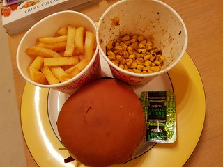 Vegan Burger, Chips, Corn from Oportos
