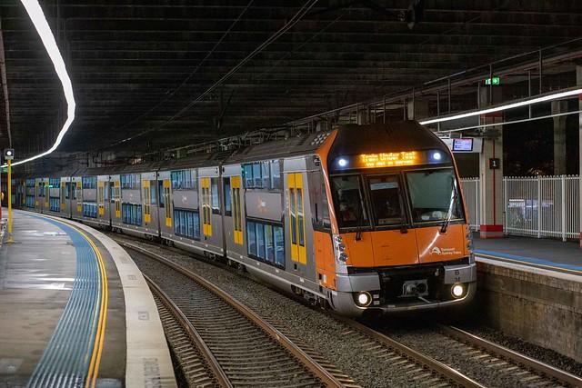 B14 SydneyTrains 681F Kogarah 19-9-20