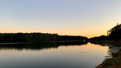 water sunrise reservoir running