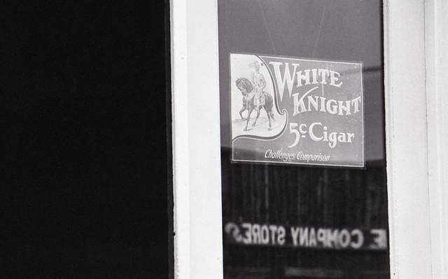 White Knight (PROGRAM01-359)