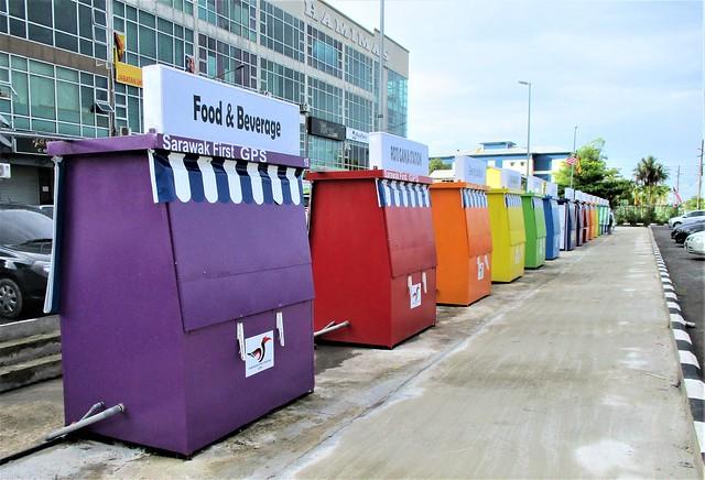 Rainbow stalls, Kpg Nangka