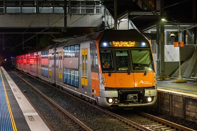 B14 SydneyTrains 681E Jannali 19-9-20