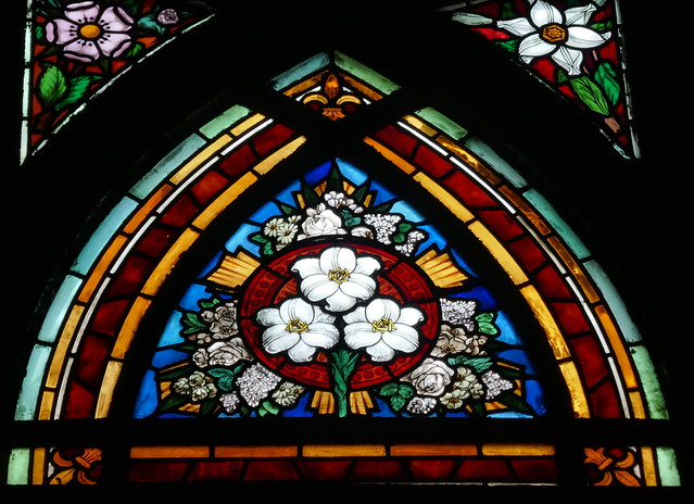 Vitrail des litanies de la Vierge, église St Jean l'Évangéliste, 1894-1904, place des Abbesses, Montmartre-Clignancourt, Paris, XVIIIe arr., France.