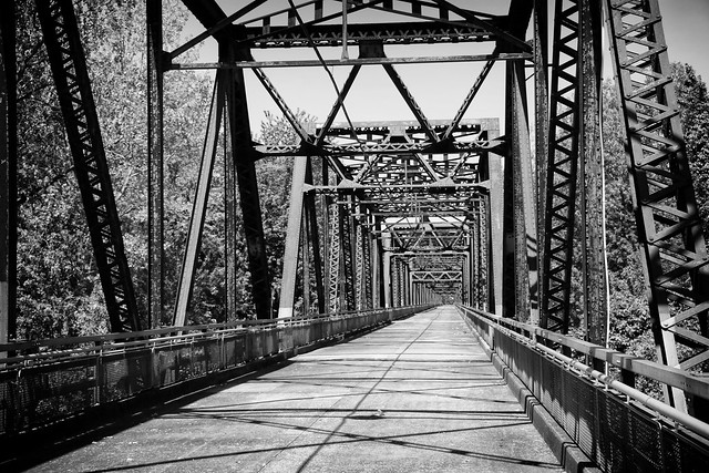 Old Chain of Rocks Bridge (Explored)