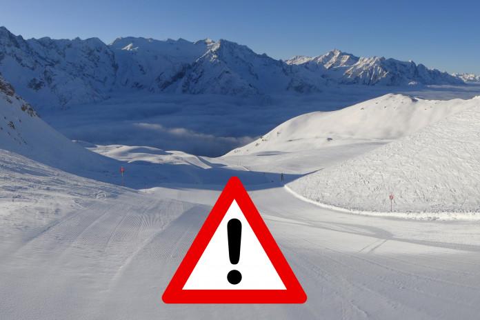 Pojištění lyžařské dovolené v době pandemie covidu: jak se zajistit proti storno poplatkům?