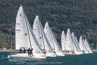 J70 Cup • Event 1 - Fraglia Vela Malcesine - Angela Trawoeger_K3I6015