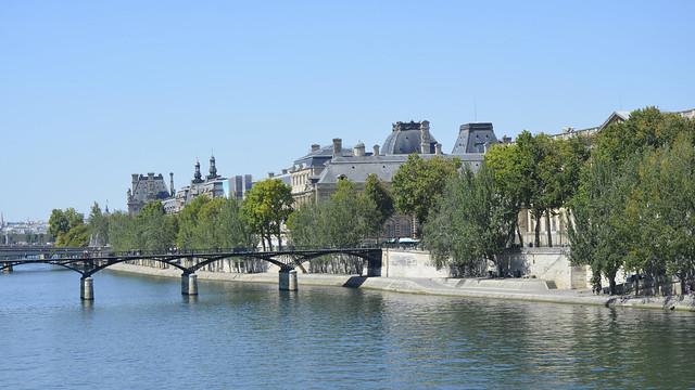 2020.08.06.027 PARIS - La Seine et le Pont des Arts