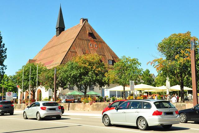 September 2020 ... Freudenstadt im Schwarzwald mit Deutschlands größtem Marktplatz und vielen Brunnen ... Brigitte Stolle