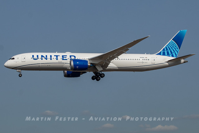 N24980 // United Airlines // Boeing 787-9 Dreamliner