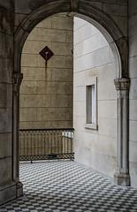 portico arch