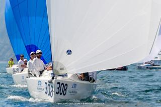 J70 Cup • Event 1 - Fraglia Vela Malcesine - Angela Trawoeger_K3I5617