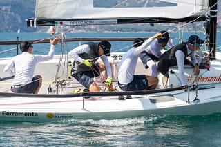 J70 Cup • Event 1 - Fraglia Vela Malcesine - Angela Trawoeger_K3I5402